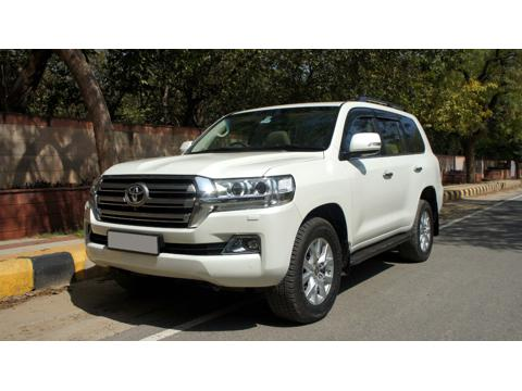 Toyota Land Cruiser LC200 VX (2017) in Kanpur