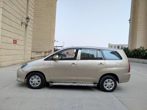 Toyota Innova 2.5 G4 8 STR (2008) in Thane