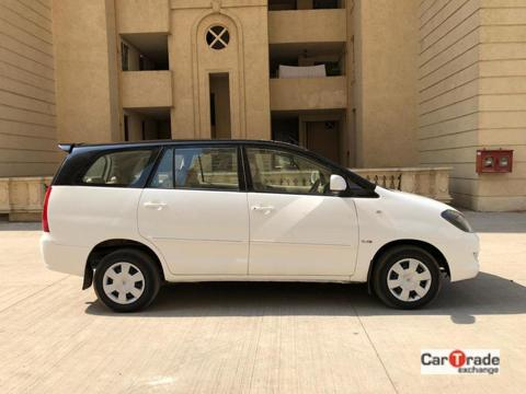 Toyota Innova 2.5 G (Diesel) 8 STR Euro3 (2008) in Thane
