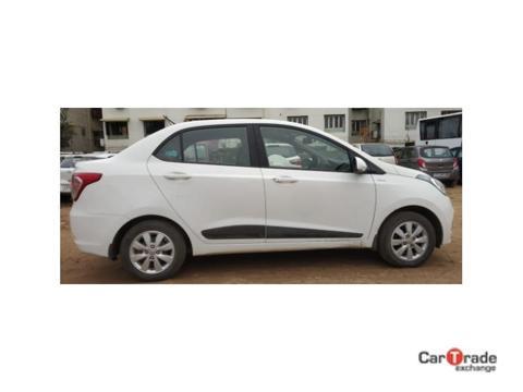Hyundai Xcent 2nd Gen 1.1 U2 CRDi 5-Speed Manual SX (2016) in Ahmedabad