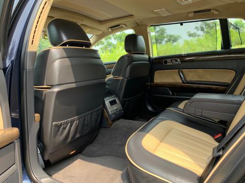 Volkswagen Phaeton 3.6 V6 (2011) in Pune