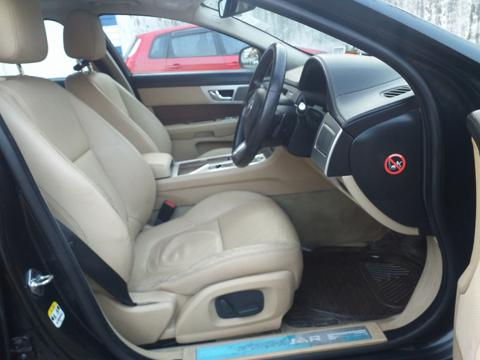 Jaguar XF Diesel Luxury 2.2 (2015) in Siliguri