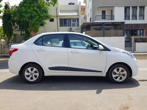 Hyundai Xcent 1.2L Kappa Dual VTVT 5-Speed Manual Base (2017) in Ahmedabad