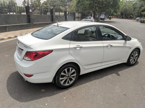 Hyundai Verna Fluidic 1.6 CRDi SX AT (2015) in New Delhi
