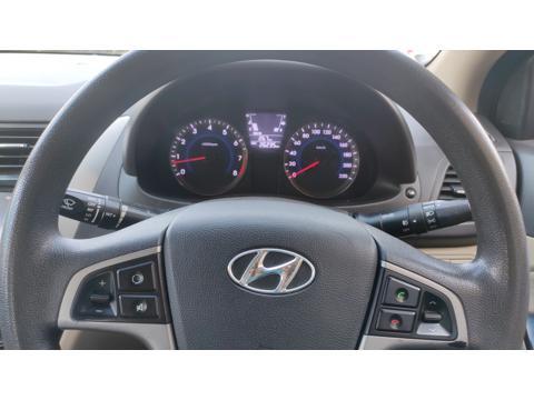 Hyundai Verna Fluidic 1.6 VTVT (2015) in New Delhi