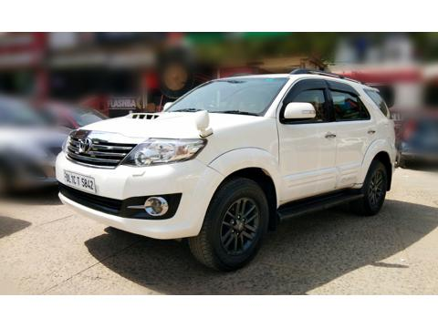Toyota Fortuner 3.0 4X2 AT (2015) in Ghaziabad
