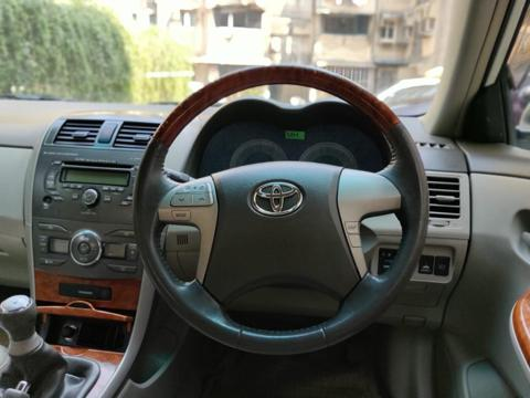 Toyota Corolla Altis 1.8G (2010) in Mumbai