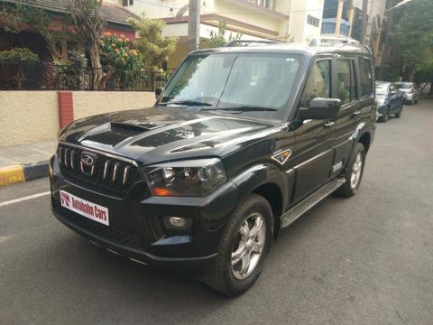 Mahindra Scorpio S10 (2015) in Bangalore