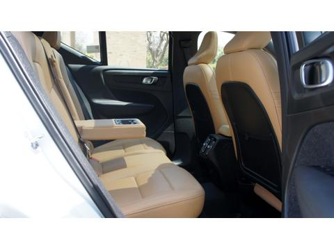 Volvo XC40 Momentum (2018) in Kanpur