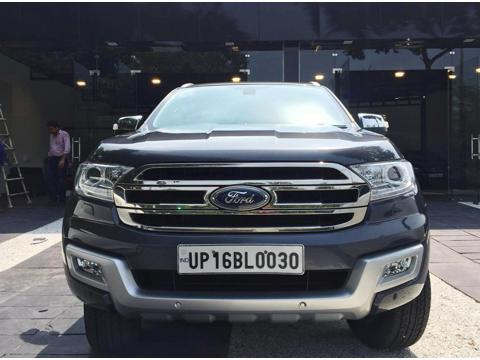 Ford Endeavour Titanium 3.2 4x4 AT (2017) in Ghaziabad