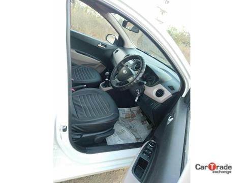 Hyundai Xcent 2nd Gen 1.1 U2 CRDi 5-Speed Manual S (O) (2015) in Ratlam