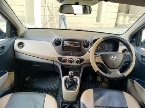 Hyundai Xcent E CRDi (2017) in Thane