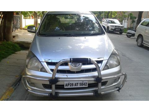 Toyota Innova 2.5 V 8 STR