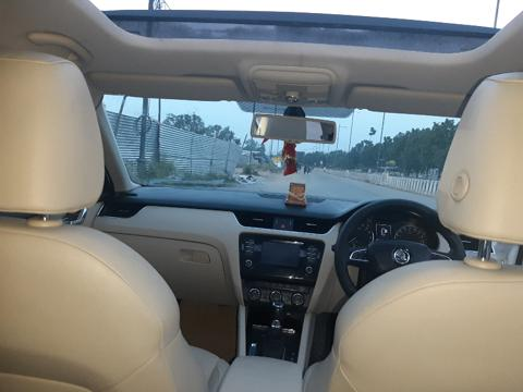 Skoda Octavia Elegance 2.0 TDI CR AT (Diesel) (2015) in Ratlam