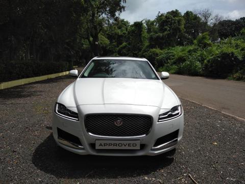 Jaguar XF Prestige Petrol (2019) in Pune