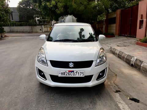 Maruti Suzuki Swift VXI (O) (2015) in New Delhi