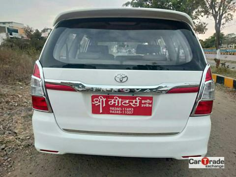 Toyota Innova 2.5 GX (Diesel) 8 STR Euro3 (2016) in Dhar