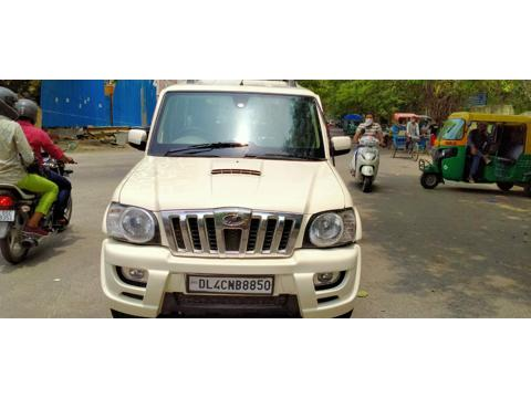 Mahindra Scorpio VLX BS IV (2013) in New Delhi