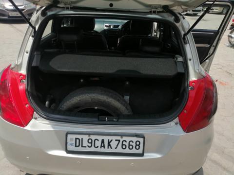 Maruti Suzuki Swift VXi (2015) in New Delhi