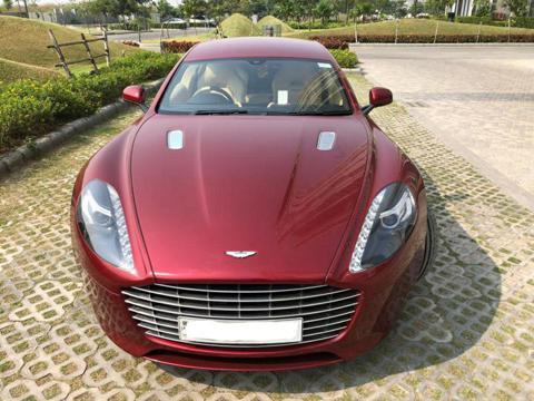 Aston Martin Rapide S V12 (2016) in Kolkata