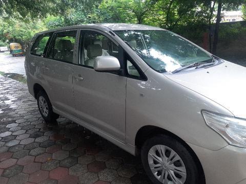 Toyota Innova 2.5 GX 7 STR BS IV (2013) in Dhar