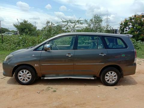 Toyota Innova 2.5 V 7 STR (2011) in Hyderabad