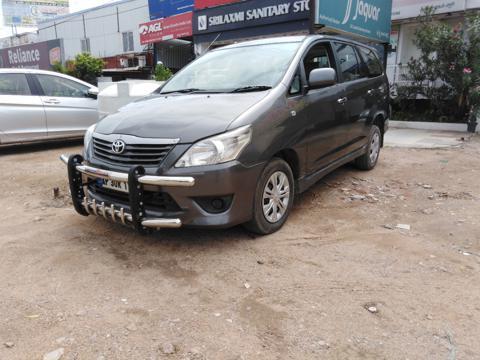 Toyota Innova 2.5 G4 7 STR (2012) in Hyderabad