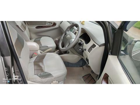 Toyota Innova 2.5 V 7 STR (2013) in Hyderabad