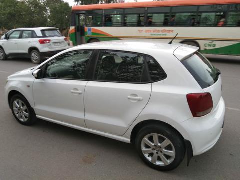 Volkswagen Polo Highline1.2L (P) (2012) in New Delhi