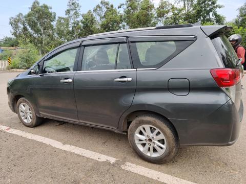 Toyota Innova Crysta 2.8 GX AT 7 Str (2017) in Amritsar