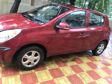 Hyundai i20 Era Petrol (2011) in Thane