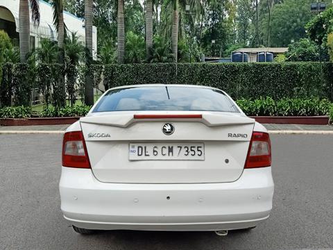 Skoda Rapid Elegance 1.6 TDI CR MT (2014) in New Delhi