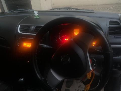 Maruti Suzuki Swift VXi (2015) in Gurgaon