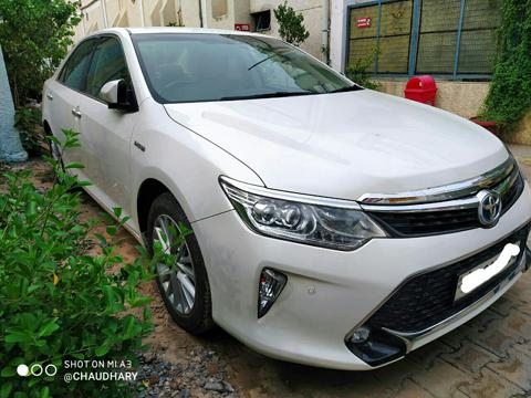 Toyota Camry Hybrid (2017) in Kanpur