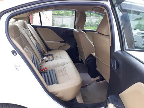 Honda City SV 1.5L i-VTEC CVT (2016) in Noida