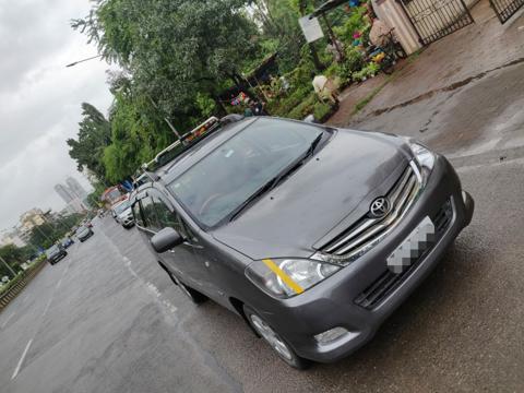 Toyota Innova 2.5 G4 8 STR (2009) in Mumbai