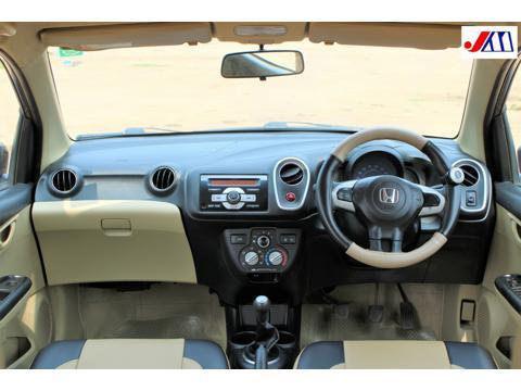 Honda Mobilio V i DTEC (2015) in Ahmedabad