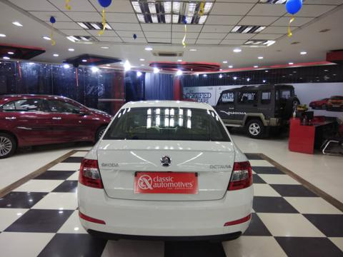 Skoda Octavia Style Plus 1.8 TSI AT (Petrol) (2016) in Mysore