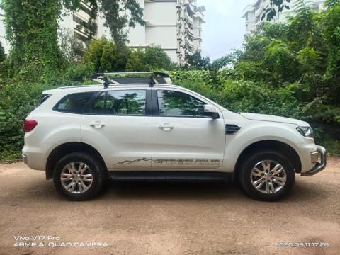Ford Endeavour Titanium 3.2 4x4 AT (2016) in Bangalore