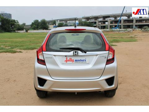 Honda Jazz V 1.2L i-VTEC CVT (2017) in Ahmedabad