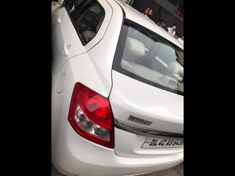 Maruti Suzuki Swift Dzire VDi (2014) in New Delhi