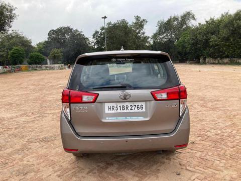 Toyota Innova Crysta 2.4 GX 7 Str (2017) in New Delhi