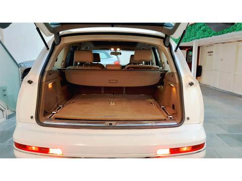 Audi Q7 3.0 TDI quattro Premium+ (2011) in Ghaziabad