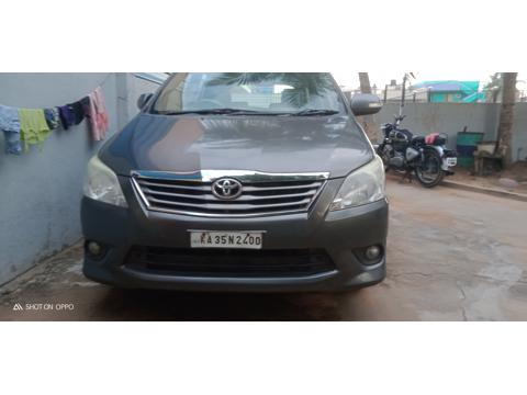 Toyota Innova 2.5 VX 8 STR BS IV (2013) in Hospet