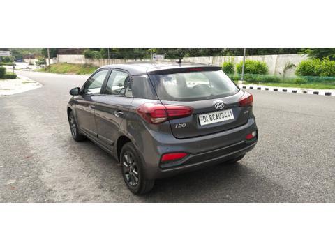 Hyundai Elite i20 Asta 1.2 (O) (2018) in New Delhi