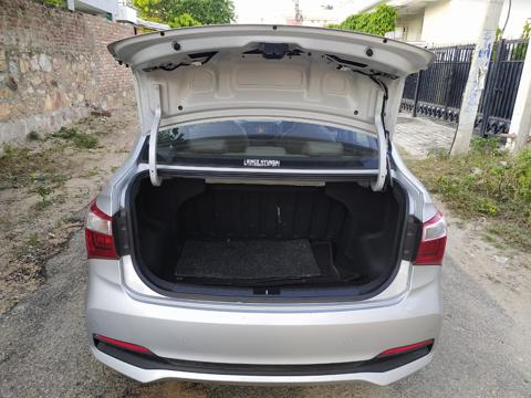 Hyundai Xcent 1.2L Kappa Dual VTVT 5-Speed Manual SX (2018) in Tonk