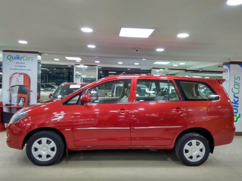Toyota Innova 2.5 G4 8 STR (2007) in Hospet