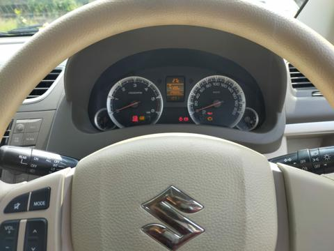 Maruti Suzuki Ertiga ZDI BS IV(WITH ALLOY) (2014) in Dhule