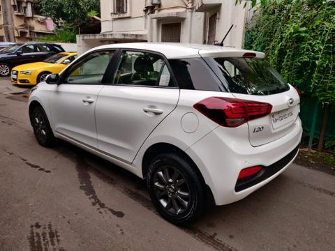 Hyundai Elite i20 Asta 1.2 AT (2018) in Mumbai