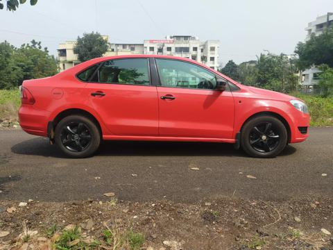Skoda Rapid Ambition 1.6 MPI MT (2013) in Dhule